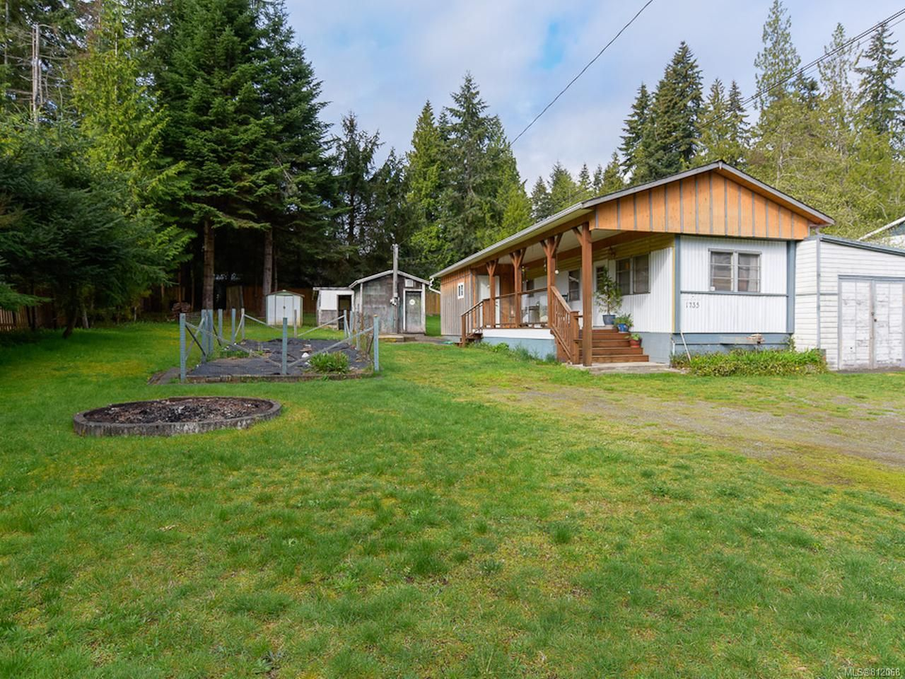 Main Photo: 1735 ARDEN ROAD in COURTENAY: CV Courtenay West Manufactured Home for sale (Comox Valley)  : MLS®# 812068