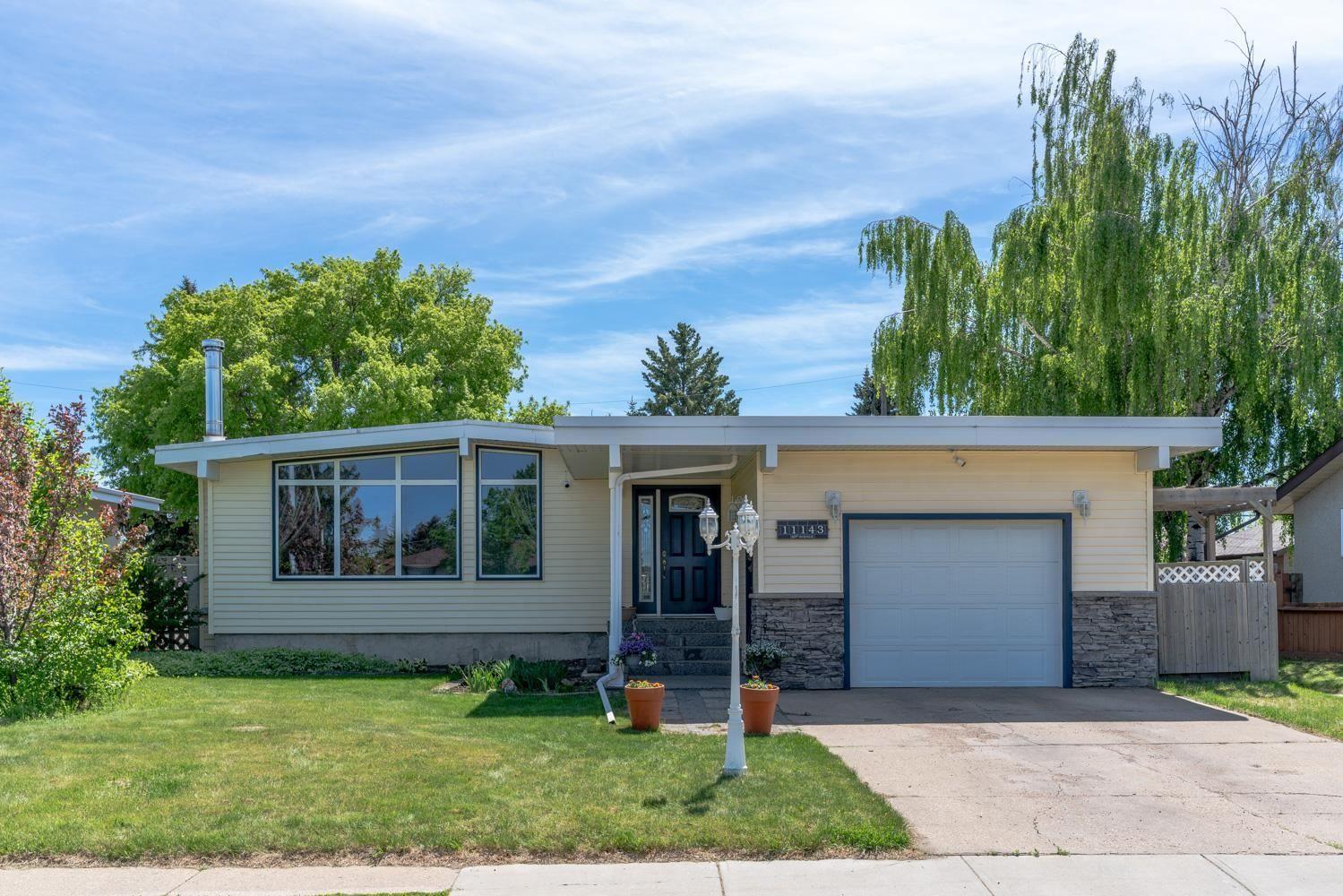 Main Photo: 11143 40 Avenue in Edmonton: Zone 16 House for sale : MLS®# E4255339