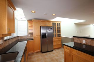 Photo 12:  in : Vancouver West Townhouse for rent : MLS®# AR102