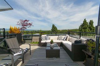 """Photo 1: 3445 PORTER Street in Vancouver: Victoria VE Townhouse for sale in """"MASON"""" (Vancouver East)  : MLS®# R2189526"""