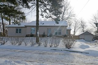 Photo 2: 726 Mohawk Road in Hamilton: Ancaster House (1 1/2 Storey) for sale : MLS®# X3112460