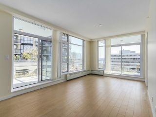 Photo 6: # 109 135 W 2ND ST in North Vancouver: Lower Lonsdale Condo for sale : MLS®# V1114739