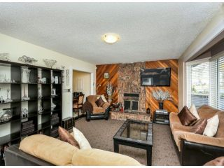 """Photo 3: 13564 87A Avenue in Surrey: Queen Mary Park Surrey House for sale in """"West Newton"""" : MLS®# F1322641"""
