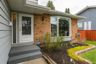 Main Photo: 320 Woodfield Road SW in Calgary: Woodbine Detached for sale : MLS®# A1110490