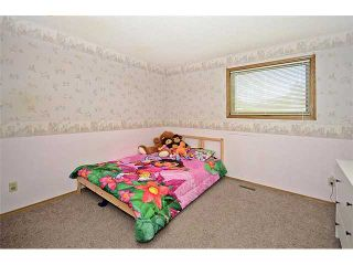 Photo 11: 78 SANDRINGHAM Way NW in CALGARY: Sandstone Residential Detached Single Family for sale (Calgary)