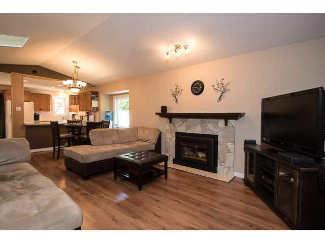 """Photo 3: Photos: 11995 238B Street in Maple Ridge: Cottonwood MR House for sale in """"Cottonwood"""" : MLS®# V1140226"""