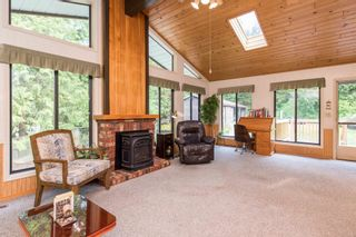 """Photo 7: 49199 CHILLIWACK LAKE Road in Chilliwack: Chilliwack River Valley House for sale in """"Chilliwack River Valley"""" (Sardis) : MLS®# R2597869"""