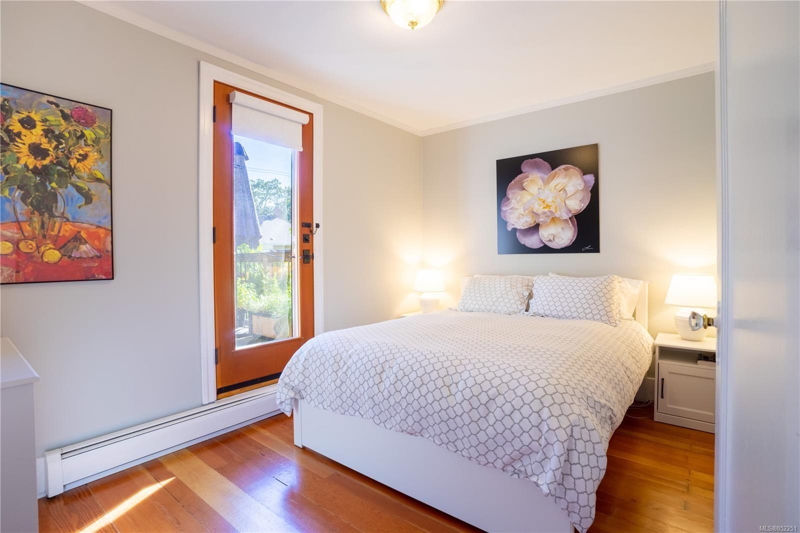Photo 16: Photos: 2363 Pacific Ave in : OB Estevan House for sale (Oak Bay)  : MLS®# 852251
