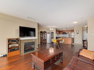 """Photo 4: 1504 5611 GORING Street in Burnaby: Central BN Condo for sale in """"Legacy"""" (Burnaby North)  : MLS®# R2616548"""