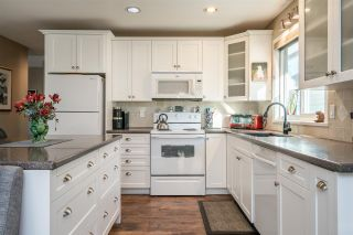 Photo 6: 890 STEVENS STREET: White Rock House for sale (South Surrey White Rock)  : MLS®# R2503733