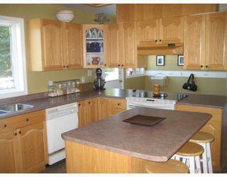 """Photo 3: 2900 BERNARD Road in Prince George: St. Lawrence Heights House for sale in """"ST. LAWRENCE HEIGHTS"""" (PG City South (Zone 74))  : MLS®# N196664"""