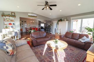 Photo 8: 813 DAWSON Road in Lorette: R05 Residential for sale : MLS®# 202109537