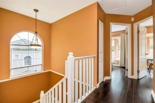"""Photo 22: 9279 GOLDHURST Terrace in Burnaby: Forest Hills BN Townhouse for sale in """"Copper Hill"""" (Burnaby North)  : MLS®# R2466536"""
