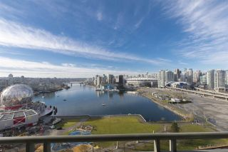 """Photo 5: 1905 1128 QUEBEC Street in Vancouver: Mount Pleasant VE Condo for sale in """"THE NATIONAL"""" (Vancouver East)  : MLS®# R2232561"""