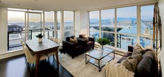 """Photo 3: 2408 10777 UNIVERSITY Drive in Surrey: Whalley Condo for sale in """"City Point"""" (North Surrey)  : MLS®# R2543029"""