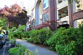 Photo 3: 202 1230 HARO STREET in Vancouver: West End VW Condo for sale (Vancouver West)  : MLS®# R2463124