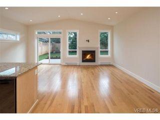 Photo 11: 10216 Pleasant St in SIDNEY: Si Sidney North-East Half Duplex for sale (Sidney)  : MLS®# 695278