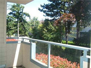 """Photo 10: 107 8700 WESTMINSTER Highway in Richmond: Brighouse Condo for sale in """"CANAAN COURT"""" : MLS®# V824323"""