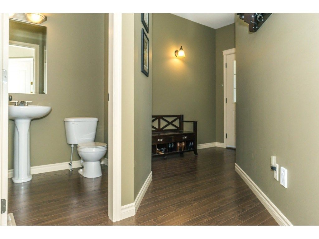 """Photo 18: Photos: 32 46840 RUSSELL Road in Sardis: Promontory Townhouse for sale in """"Timeber Ridge"""" : MLS®# R2359001"""