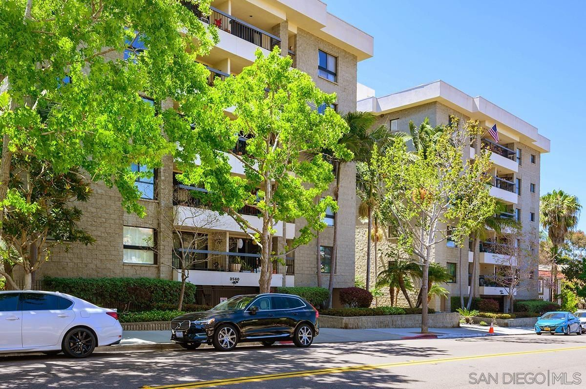 Main Photo: Condo for sale : 2 bedrooms : 3560 1st Avenue #6 in San Diego