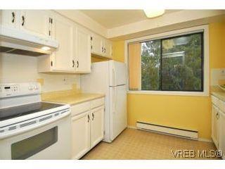 Photo 6: 401 928 Southgate St in VICTORIA: Vi Fairfield West Condo for sale (Victoria)  : MLS®# 532807