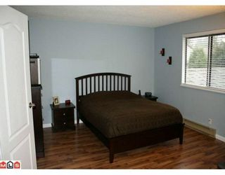"""Photo 9: 113 13880 74 Avenue in Surrey: East Newton Townhouse for sale in """"Wedgewood Estates"""" : MLS®# F1003107"""
