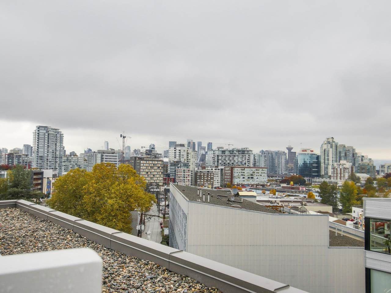 """Photo 14: Photos: 604 417 GREAT NORTHERN Way in Vancouver: Mount Pleasant VE Condo for sale in """"CANVAS"""" (Vancouver East)  : MLS®# R2118078"""