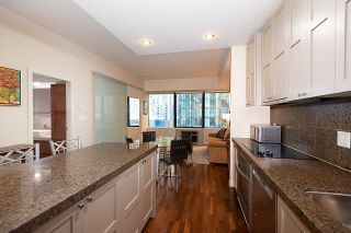"Photo 21: 707 1333 W GEORGIA Street in Vancouver: Coal Harbour Condo for sale in ""Qube Coal Harbour"" (Vancouver West)  : MLS®# R2541272"