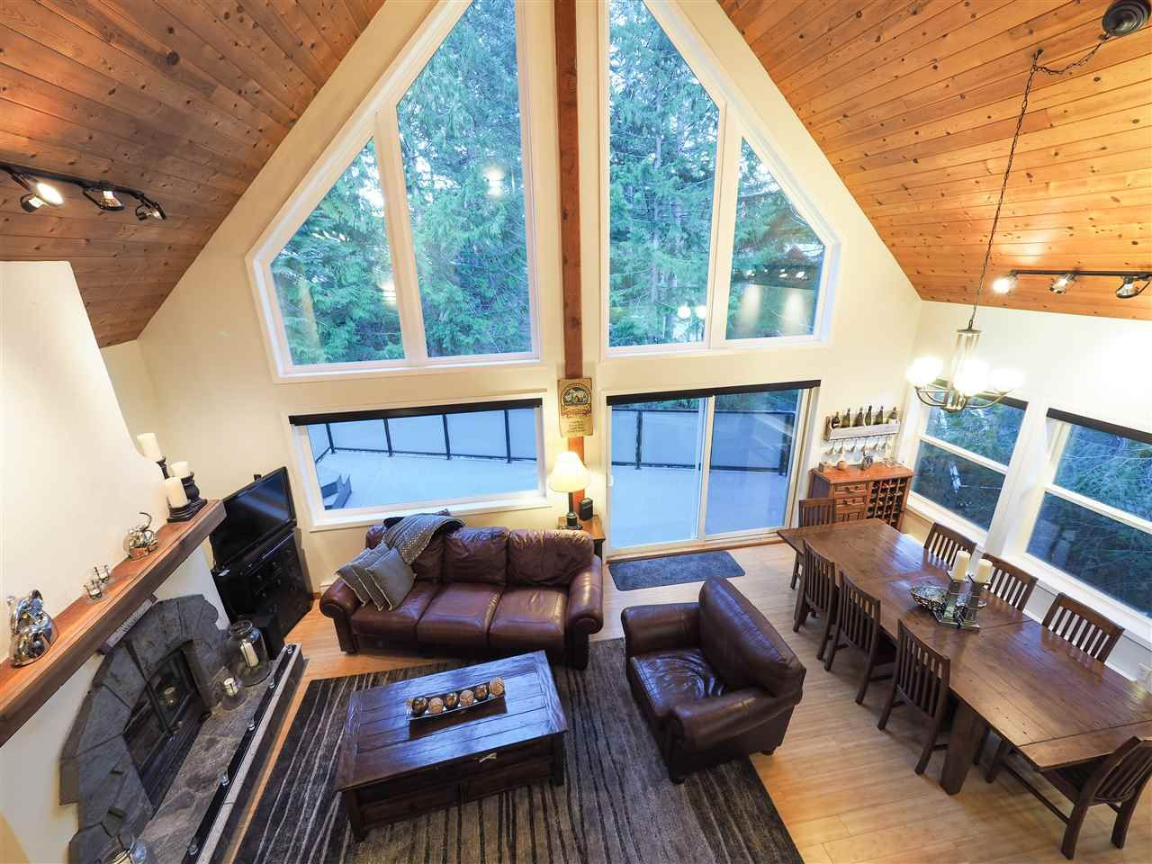 "Main Photo: 8124 ALDER Lane in Whistler: Alpine Meadows House for sale in ""ALPINE MEADOWS"" : MLS®# R2461935"