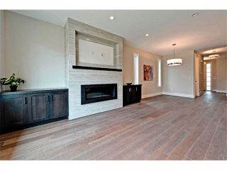 Photo 17: 710 19 Avenue NW in Calgary: Mount Pleasant House for sale : MLS®# C4014701