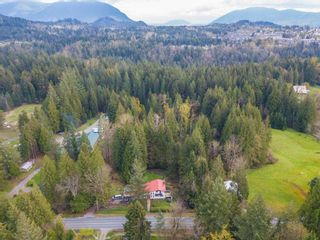 Photo 3: 8974 CLAY Street in Mission: Mission BC House for sale : MLS®# R2358300