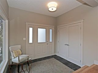 Photo 2: 240 PUMP HILL Gardens SW in Calgary: Pump Hill House for sale : MLS®# C4052437