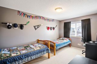 Photo 18: 744 PRESTWICK Circle SE in Calgary: McKenzie Towne Detached for sale : MLS®# A1024986