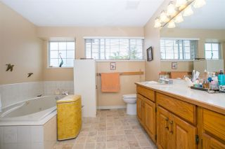 "Photo 17: 20760 115 Avenue in Maple Ridge: Southwest Maple Ridge House for sale in ""GOLF WYND ESTATES"" : MLS®# R2097803"