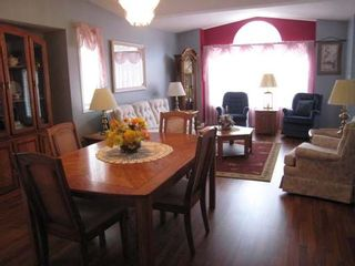 Photo 3: 3400 WILSON STREET in Penticton: Residential Detached for sale (168)  : MLS®# 102528