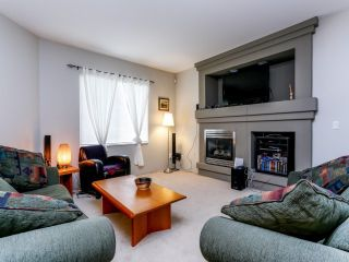 Photo 2: 5852 148TH Street in Surrey: Sullivan Station 1/2 Duplex for sale : MLS®# F1407622