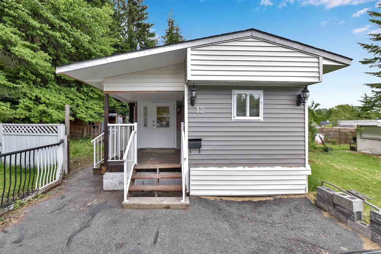 """Main Photo: 12 6280 KING GEORGE Boulevard in Surrey: Panorama Ridge Manufactured Home for sale in """"WHITE OAKS"""" : MLS®# R2583644"""