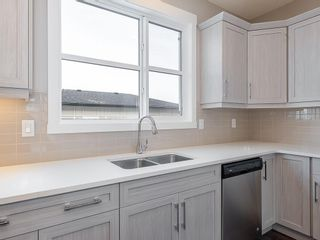 Photo 4: 32 SKYVIEW Parade NE in Calgary: Skyview Ranch Row/Townhouse for sale : MLS®# C4289138