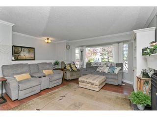 "Photo 7: 26498 29B Avenue in Langley: Aldergrove Langley House for sale in ""Aldergrove"" : MLS®# R2564240"