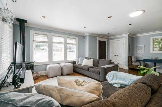 """Photo 6: 850 PARKER Street: White Rock House for sale in """"EAST BEACH"""" (South Surrey White Rock)  : MLS®# R2587340"""