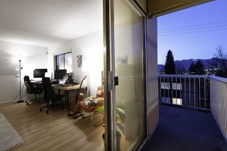 """Photo 17: 301 975 E BROADWAY in Vancouver: Mount Pleasant VE Condo for sale in """"SPARBROOK ESTATES"""" (Vancouver East)  : MLS®# R2565936"""