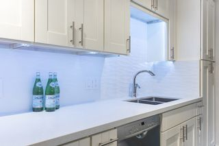 Photo 6: 403 16 LAKEWOOD DRIVE in Vancouver East: Hastings Condo for sale ()  : MLS®# R2090772