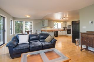 Photo 24: 1319 Tolmie Ave in : Vi Mayfair House for sale (Victoria)  : MLS®# 878655