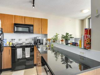 """Photo 9: 2506 501 PACIFIC Street in Vancouver: Downtown VW Condo for sale in """"THE 501"""" (Vancouver West)  : MLS®# R2579990"""