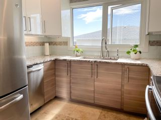 Photo 3: 7411 148 Avenue in Edmonton: Zone 02 House for sale : MLS®# E4264524