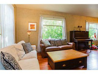 Photo 3: 4403 QUEBEC Street in Vancouver: Main House for sale (Vancouver East)  : MLS®# V985334