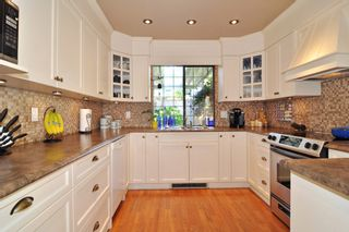 """Photo 8: 1129 CORNWALL Drive in Port Coquitlam: Lincoln Park PQ House for sale in """"LINCOLN PARK"""" : MLS®# R2205146"""