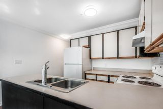 Photo 5: 302 1055 E BROADWAY in Vancouver: Mount Pleasant VE Condo for sale (Vancouver East)  : MLS®# R2603094
