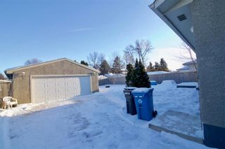 Photo 34: 19 Malden Close in Winnipeg: Maples Residential for sale (4H)  : MLS®# 202101865