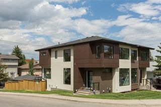 Photo 1: 2880 19 Street SW in Calgary: South Calgary House for sale : MLS®# C4121989